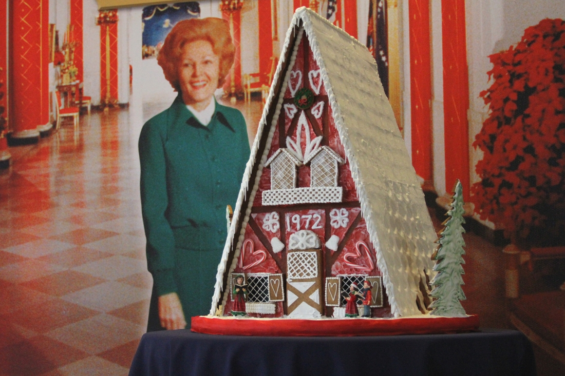 A Nixon White House Christmas Tradition Remade